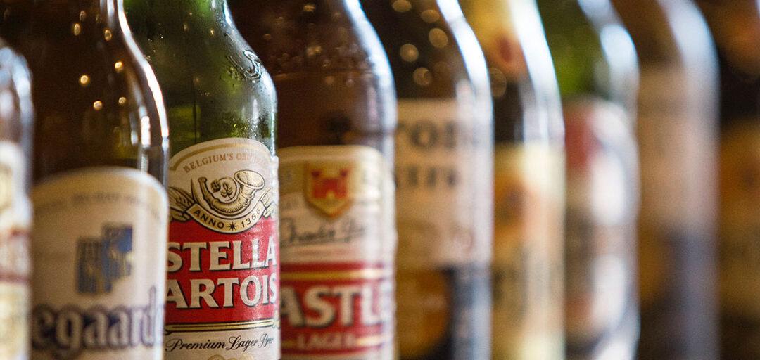 AB InBev ziet bierverkoop weer krimpen