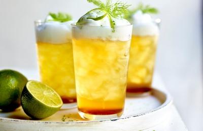 Mocktail met Jupiler 0.0 en peach ice tea